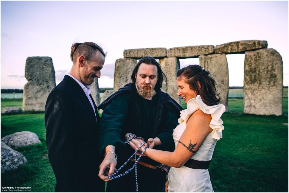Stonehenge hand fasting