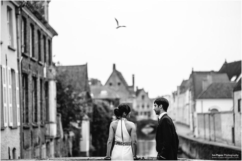 Wedding couple in Bruges