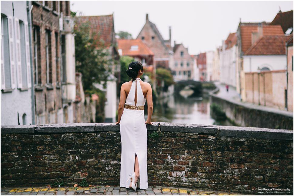 Gorgeous wedding dress in Bruges