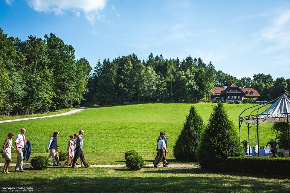 Outdoor Wedding ceremony Obermayerhofen