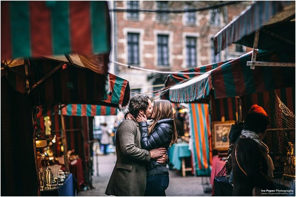 Couple photo session at Place Sablon Brussels